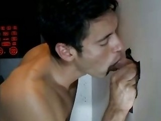 gay fellatio into gloryhole for straight men