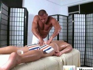 tissue gay massage