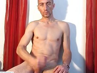 pretty looking gay hunk masutrbating